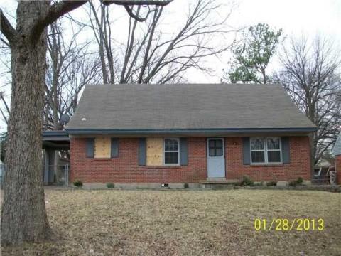3779 Blue Jay Rd, Memphis, TN 38116
